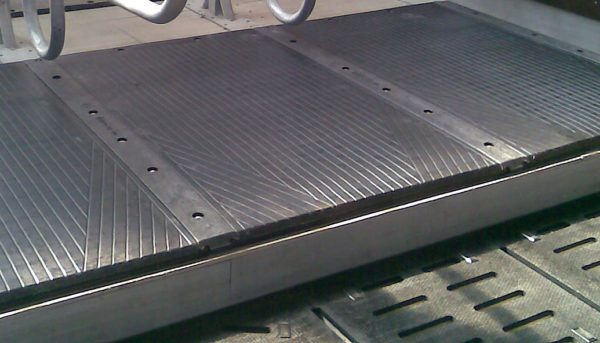 KRAIBURG WINGLEX Rubber Stall Mat isntalled
