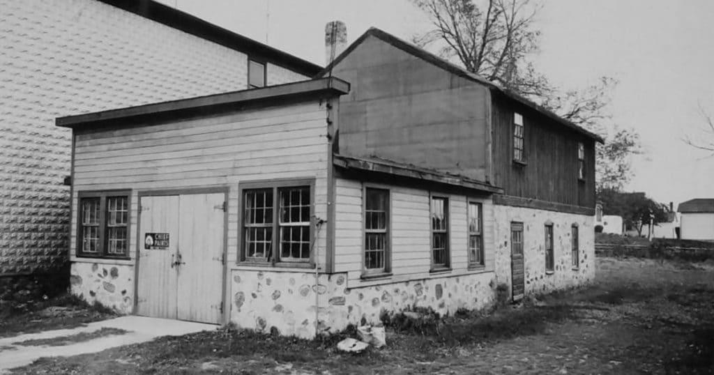 A F Klinzing Mfg. Co. - Factory #1 St. Cloud, WI (1898).