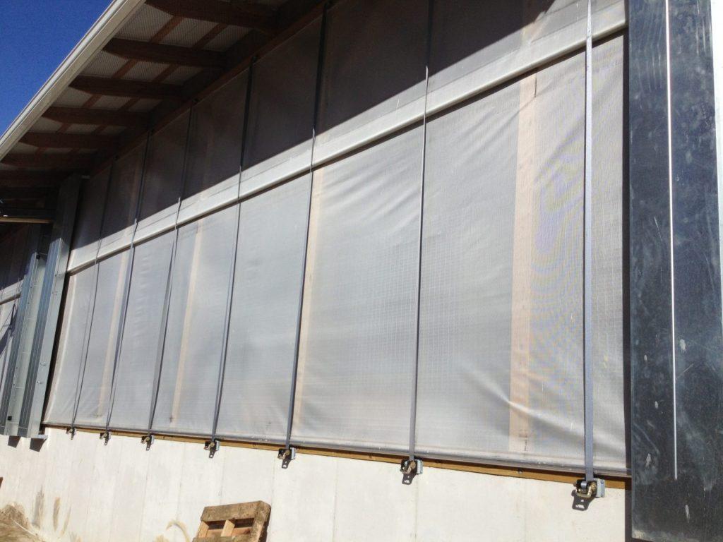 Air curtains on a dairy farm (outside view).